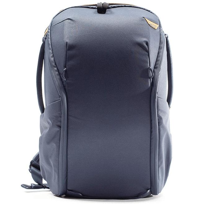 una foto de la Peak Design Everyday Backpack 20L