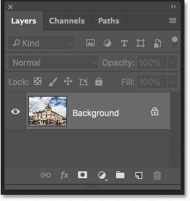 Panel de capas de Photoshop que muestra la foto recortada en la capa de fondo